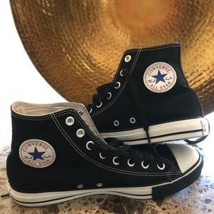 Preowned Men's All Starts Converse sneakers